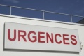 Depuis jeudi 5 décembre au soir, les infirmiers bloquent les urgences de l'hôpital de la Timone à Marseille pour protester contre le sort réservé à leur cadre supérieur.