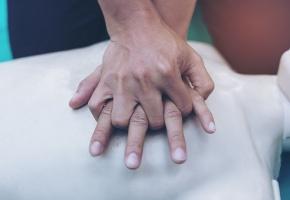 Une infirmière a sauvé un enfant de 3 ans de la noyade